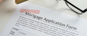 Applications for U.S. home mortgages edged up last week while borrowing rates moved lower, an industry group said on Wednesday. The Mortgage Bankers Association said its seasonally adjusted index of mortgage application activity, which includes both refinancing and home purchase demand, rose 0.8 percent in the week ended July 24. The MBA's seasonally adjusted index […]