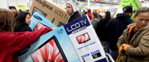 U.S. retailers enter the holiday season vowing to control discounting that has wreaked havoc on their results in the past, but competition between stores, consumers trained to expect discounts and a still-recovering economy point to a difficult year. The holidays are the most important time of the year for retailers as well as some shoppers: […]